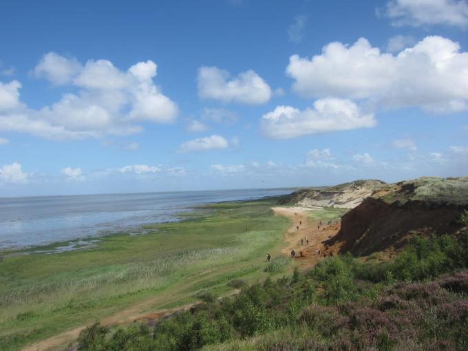 島の西端にあるモルスムクリフは人気のハイキングコース。
